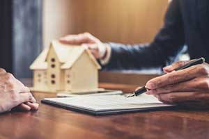 making an offer at the end of the home buying process
