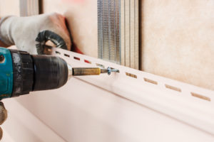 employer of the worker with power tool filed a mechanics lien on the building